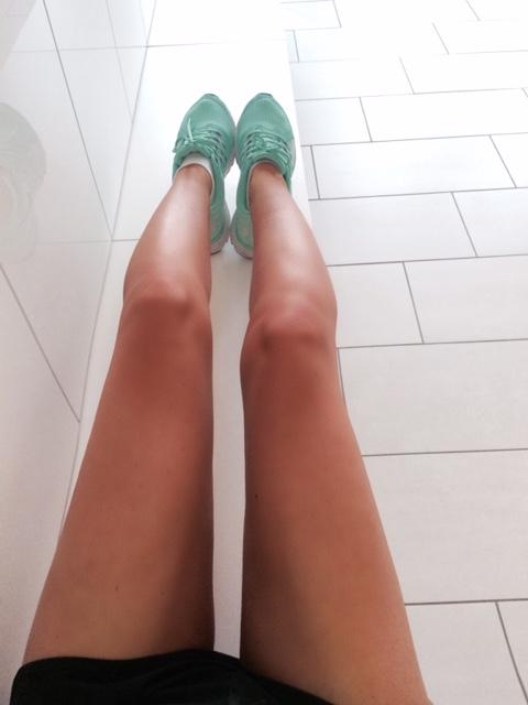 sttropez_selftan_fashionblog
