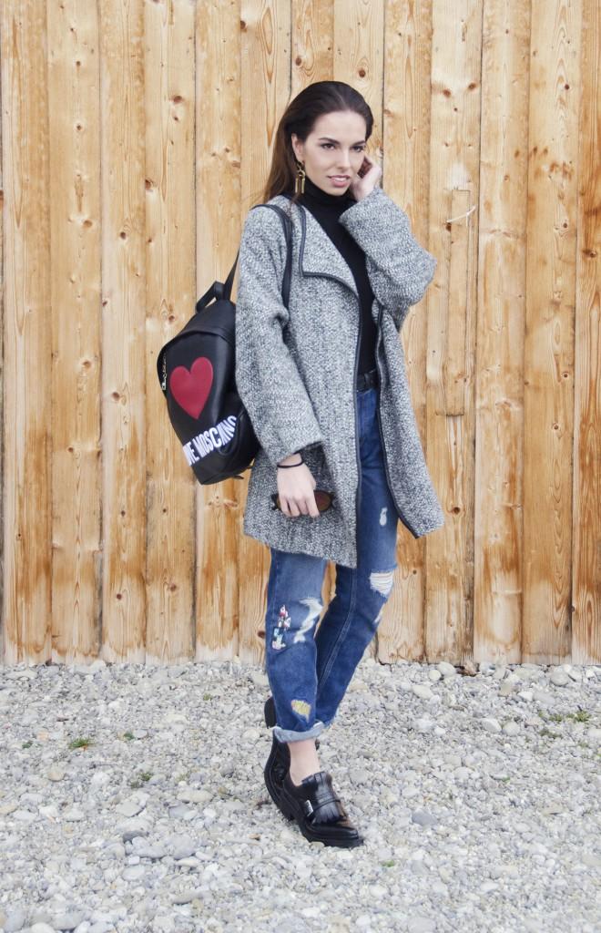 moschino_backpack
