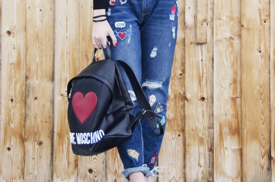 Back to the nineties with Moschino