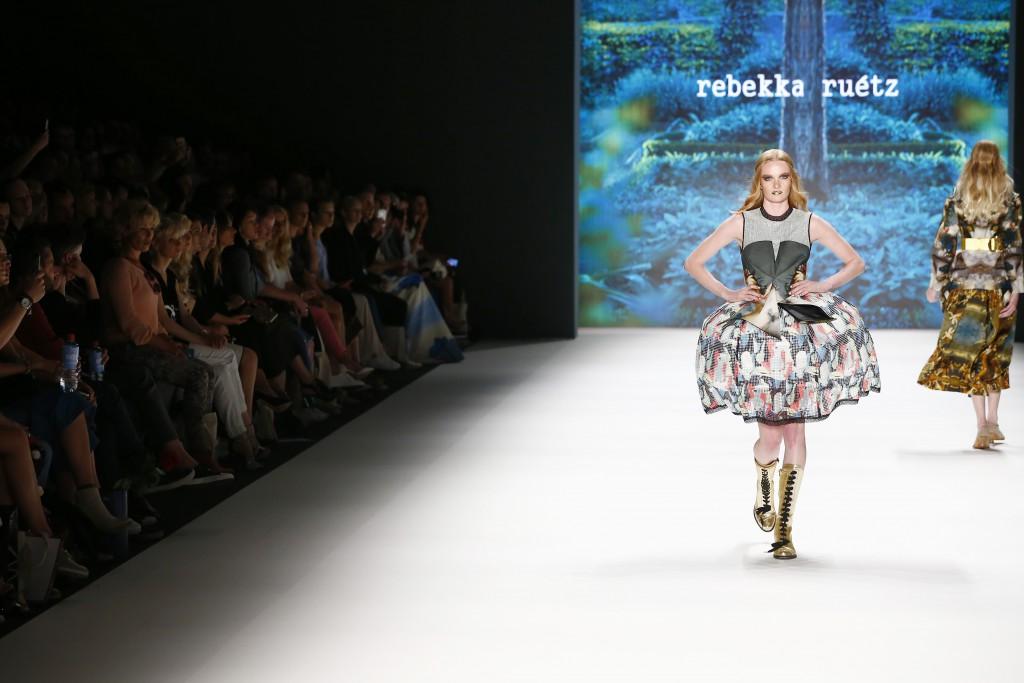 rebekkaruetz_2017_fashionweek_fashionblog